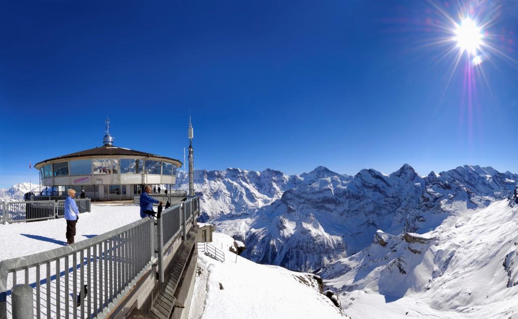 JUNGFRAU REGION - Schilthorn im Winter. Schilthorn in winter. Copyright: Jungfrau Region By-line:swiss-image.ch/Jost von Allmen/ Schilthornbahn AG